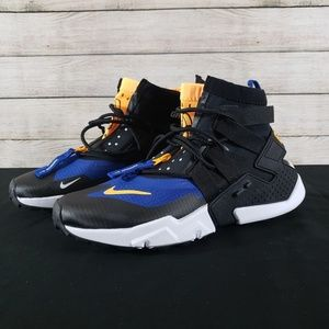 New Nike Air Huarache Gripp size 10.5 Black Blue